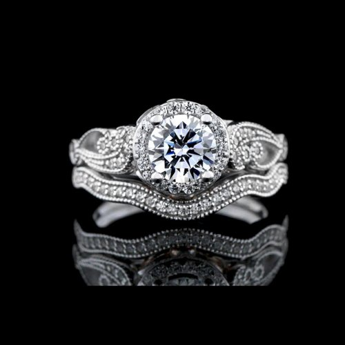 1.63 tcw Antique Style Diamond Bridal Set